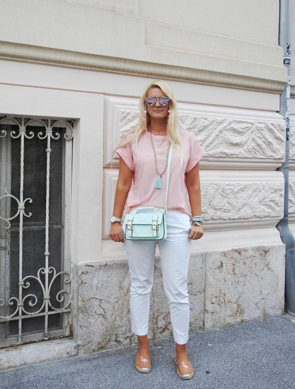 Sunglasses-Chain-Bomberjacket-Zara-Espadrilles-Pastell-Metallic-Sunglasses-Tassels-Pompoms-Daniel-Wellington-Tamara-Prutsch-carrieslifestyle