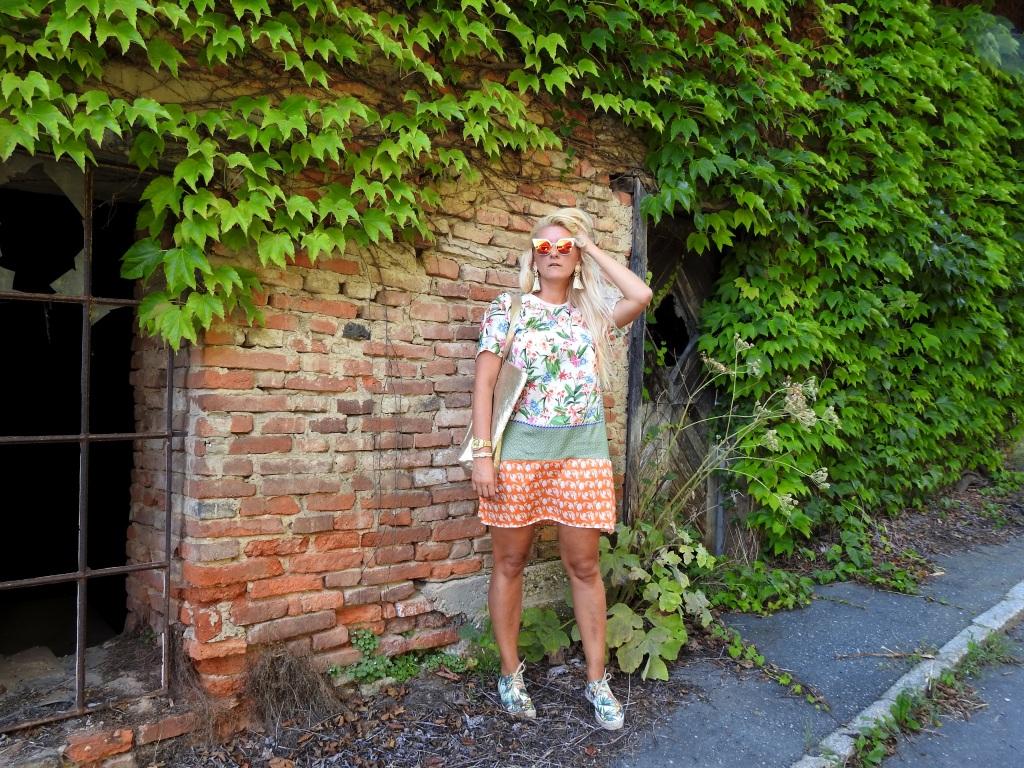 Pattern-Mix-Mustermix-Summerlook-Summerdress-carrieslifestyle-TAmara-Prutsch-sunglasses-