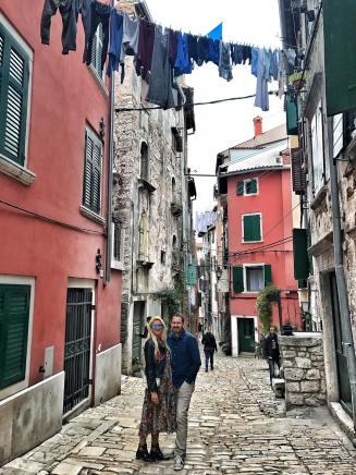 Rovinj-Croatia-Reiseblog-carrieslifestyle-Maxidress-H&M-Leatherjacket-Boots-Tamara-Prutsch-Travelblog