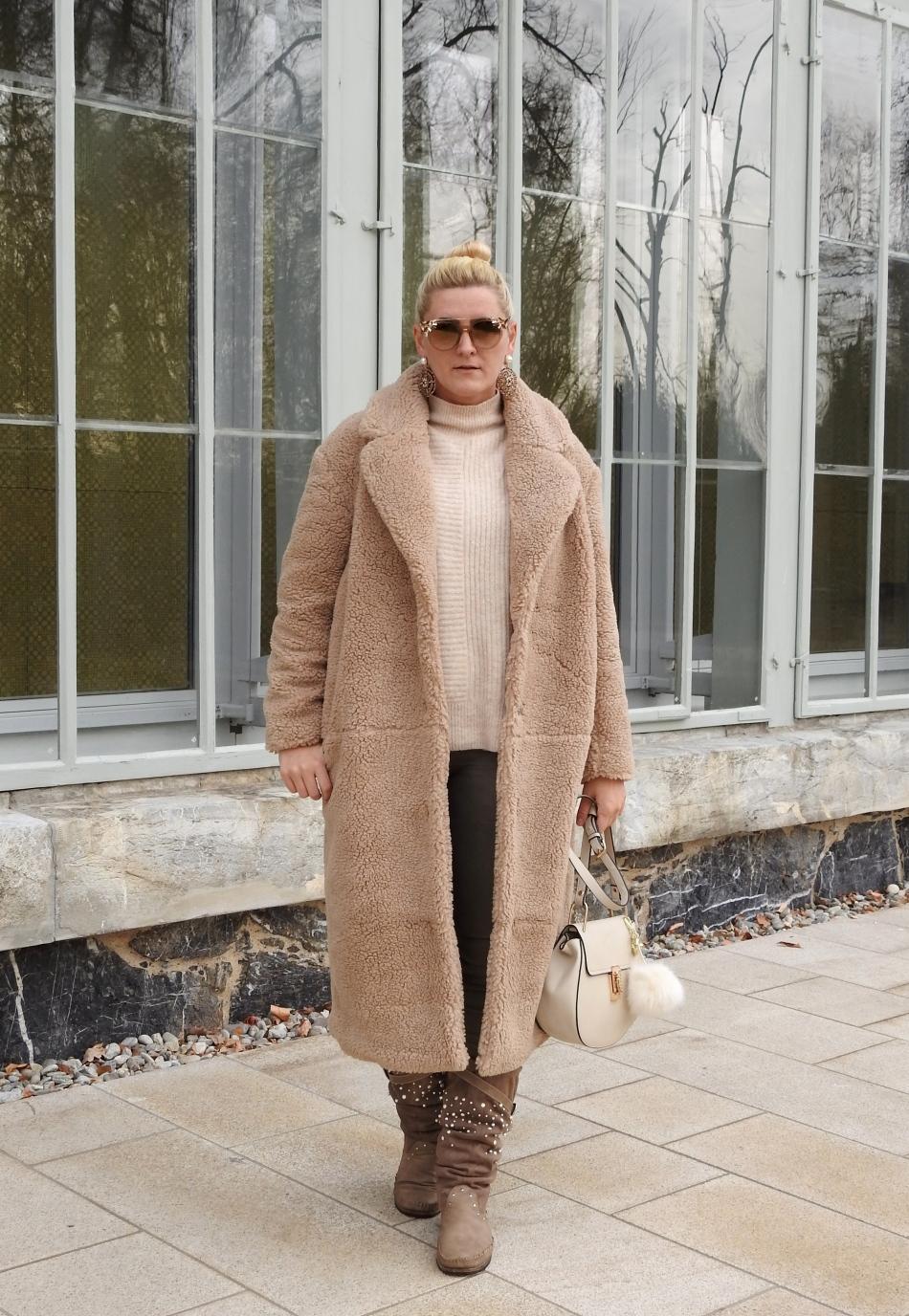 Teddy-Coat-Sunglasses-Shades-NoraNYC-Chloe-Drew-Bag-Zara-Earrings-Beige-carrieslifestyle-Tamara-Prutsch