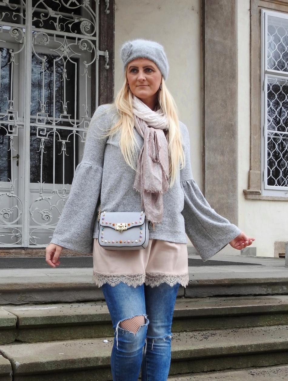 Grey-Coat-Studs-Boots-Studded-Bag-Denim-Rosa-Pink-carrieslifestyle-Tamara-Prutsch-Schal