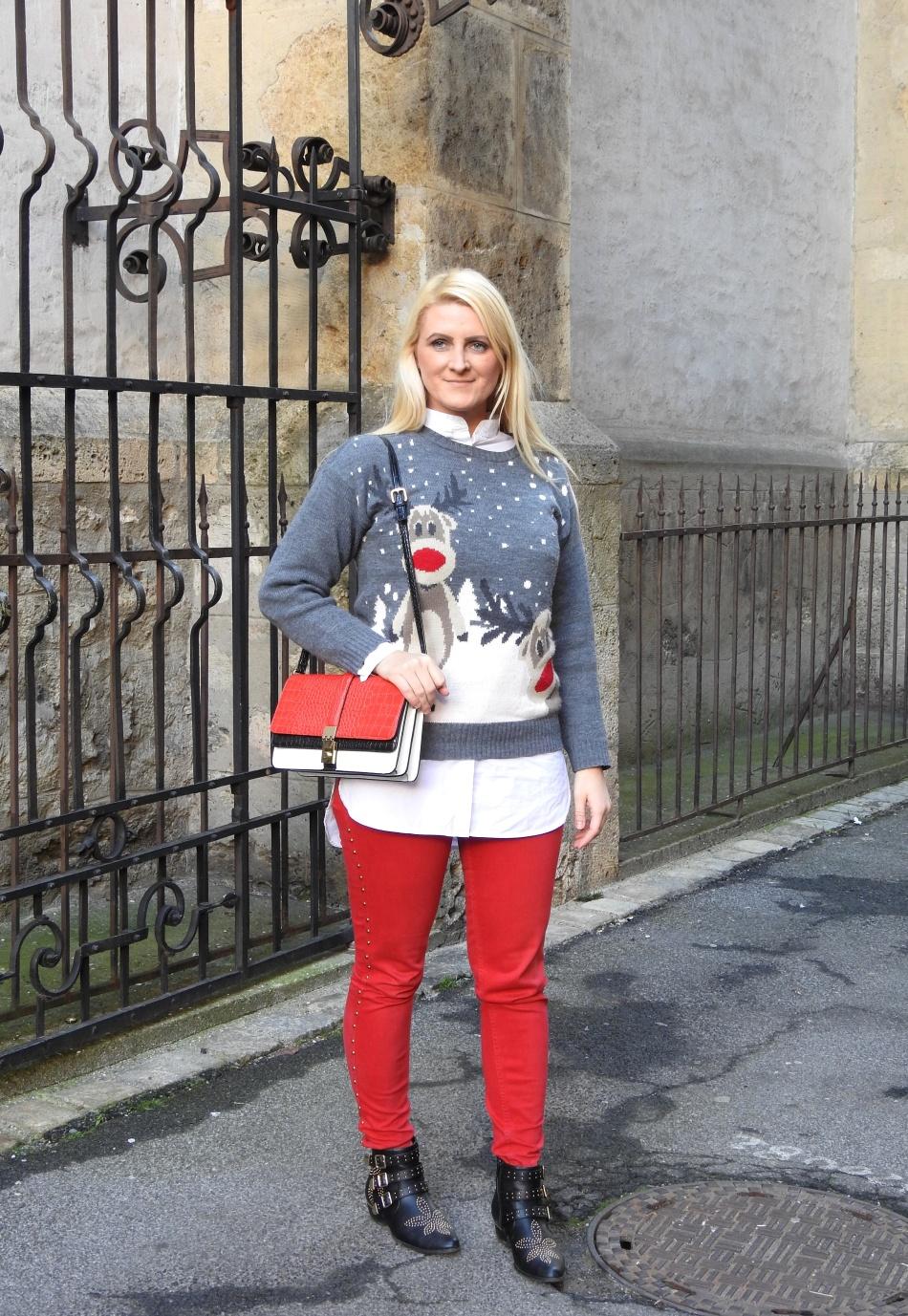 Christmas-Sweater-Red-Pants-Chloe-Boots-Winterlook-carrieslifestyle-Tamara-Prutsch
