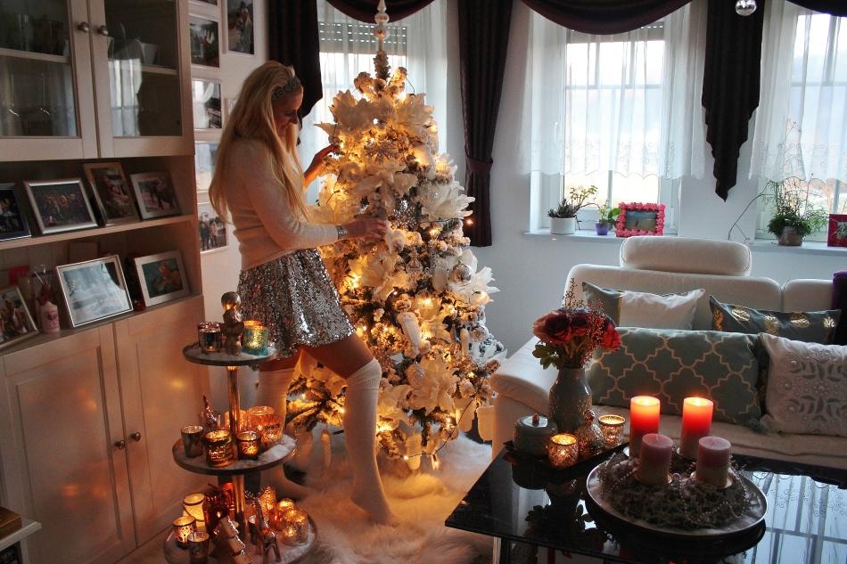 Christmas-Christmastree-Weihnachtsbaum-Christbaum-Schmuck-Deko-carrieslifestyle-tamara-Prutsch