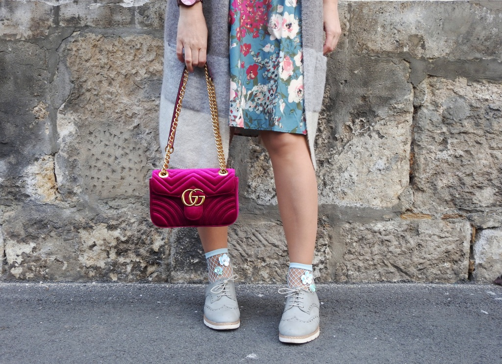 Blumenprints-Flowerprint-Dress-Romwe-Gucci-Bag-Fashionsocks-Fishnet-Stockings-Calzedonia-Büchner-Shoes-Deichmann-carrieslifestyle-Tamara-Prutsch-Cardigan-Springvibes-Springlook
